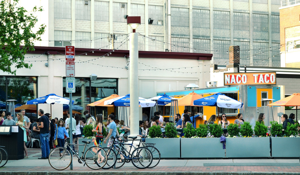 Naco patio