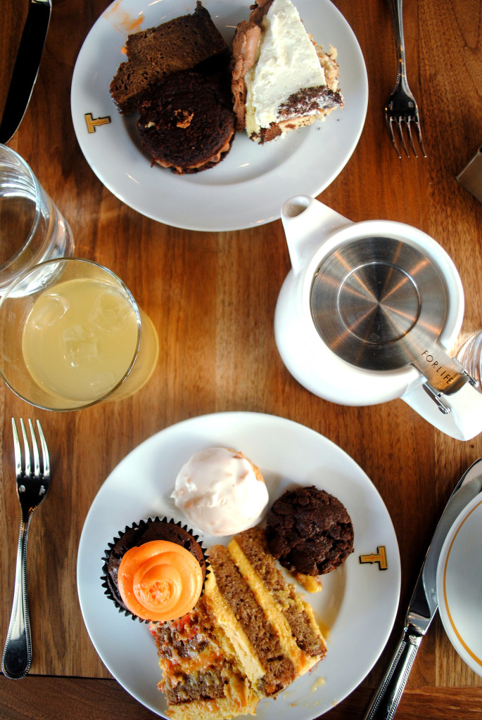Townsman Pastry Plates