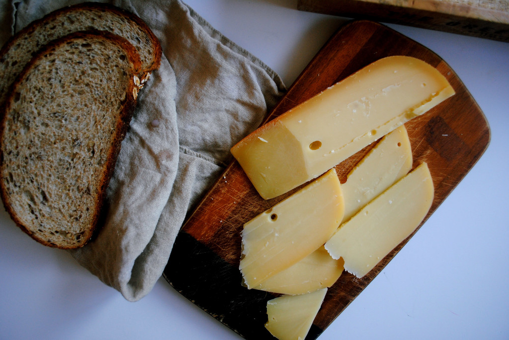Gouda and Bread