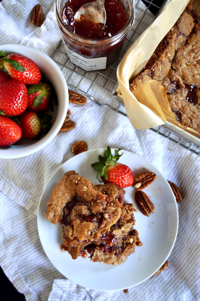 pecan strawberry blondies