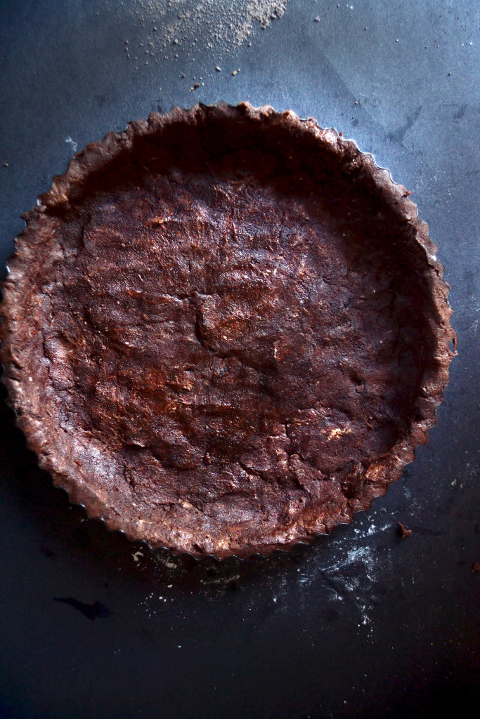 chocolate-shortbread-tart-crust