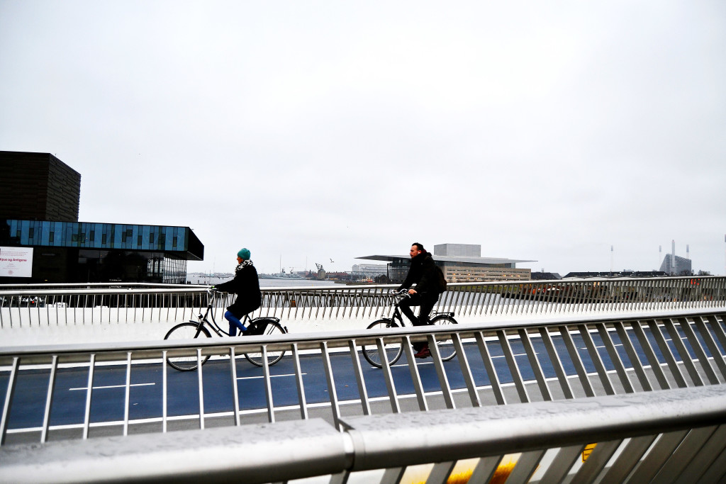 bike-bridges-copenhagen
