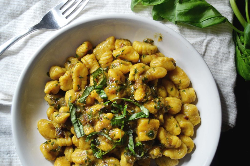 Butternut-Squash-Cavatelli-with-Basil-Caramelized-Onion-Pesto